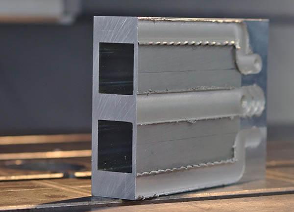La empresa francesa suelda placas de frío FSW