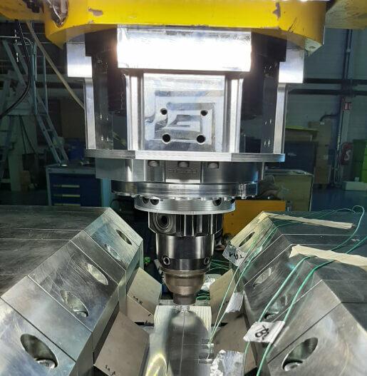 friction stir welding intelligent tool holder