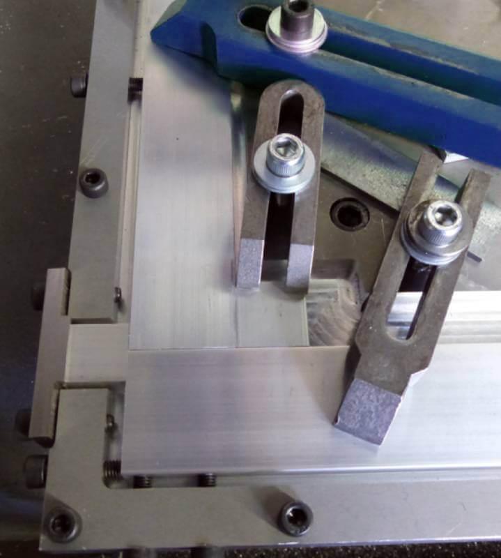 dispositivo de sujeción utilizado para la soldadura por fricción-agitación